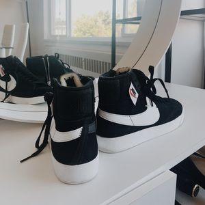 Women's Nike Blazer Mid Rebel Sneaker